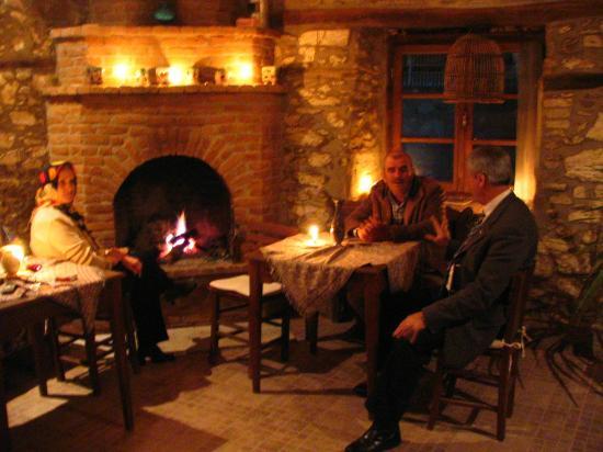 Kirkinca Arsipel Restaurant: şömine keyfi