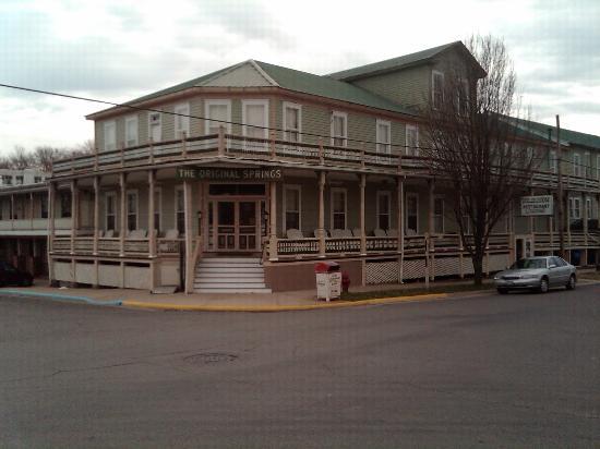 Okawville, IL: Original Springs Hotel (southwest corner)