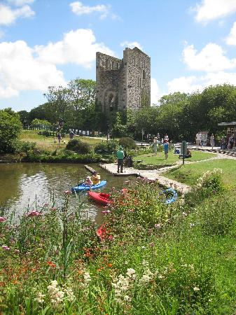 Lappa Valley Steam Railway : Boating lake, mine engine house and wild flowers !