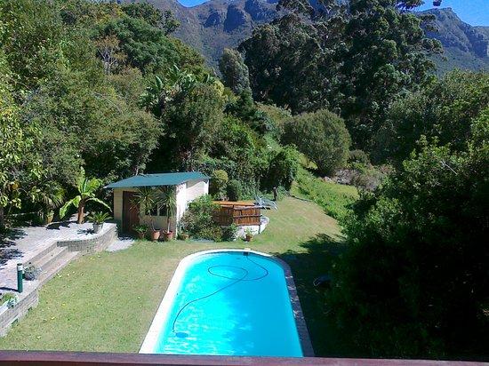 Phantom Acres: Blick vom Sonnendeck des Pool Hauses