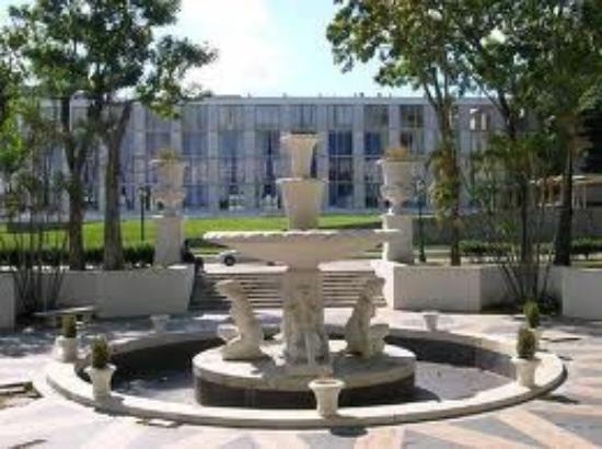 Paseo de Los Proceres: esculturas