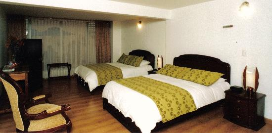 Habitacion - Casa Hoteles Zuetana - Bogota - Colombia