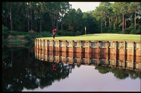 Indian Bayou Golf Club: The 5th green on the Creek Course.