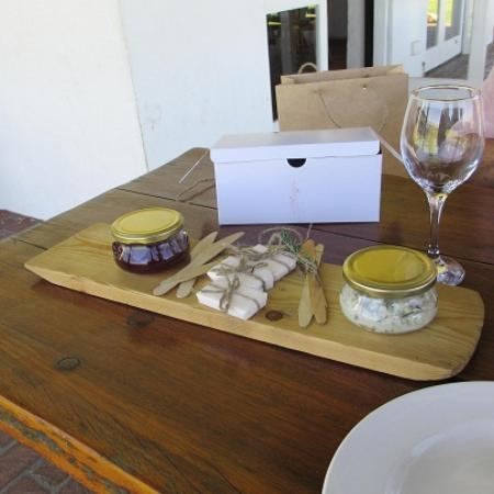 Middelvlei: Incredible Snoek Pate and Jam