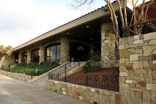 Tapatio Springs Hill Country Resort: Outside La Cantera, the main dining room