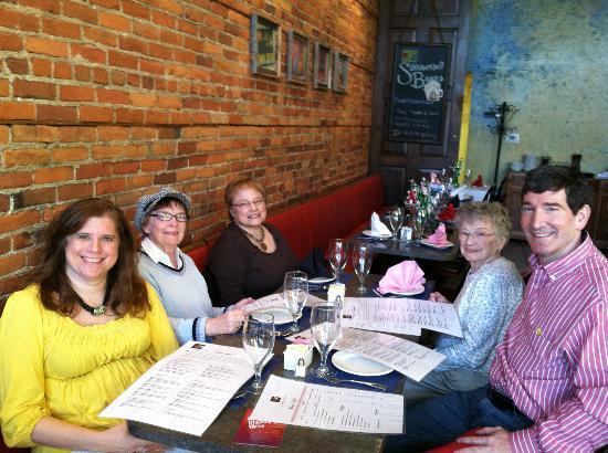 Marshall, MI: Family Dinner