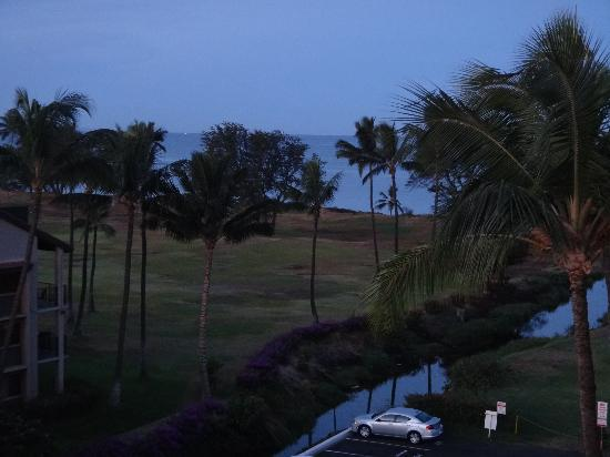 Kauhale Makai, Village by the Sea: Pre-sunrise oceanview from our unit
