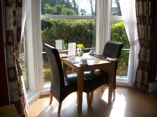 The Elmdene : Dining room window seat