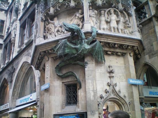 Gargoyles in Marienplatz