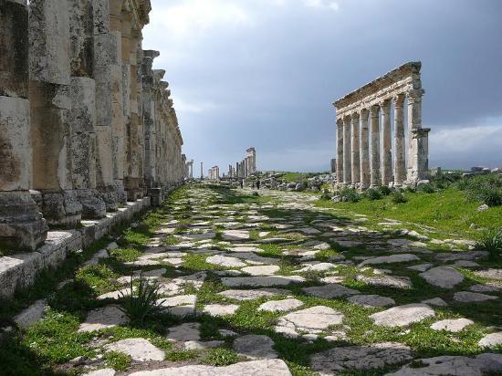Apamea: Via colonnata
