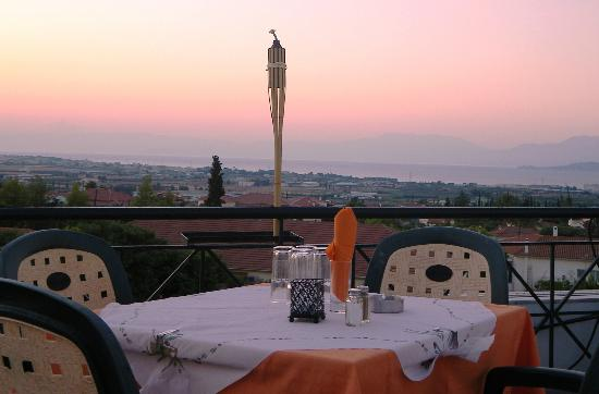 Marinos Restaurant: view