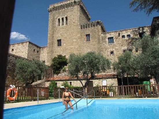 La piscina e il giardino fotograf a de parador de - Paradores jarandilla de la vera ...