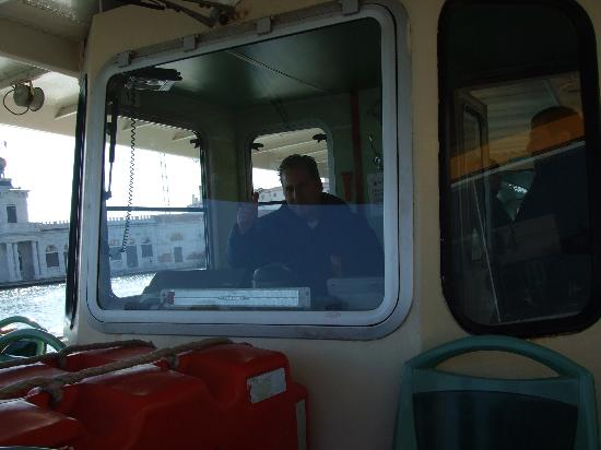 Hotel Ambasciata: the boat bus, bus driver he was very nice