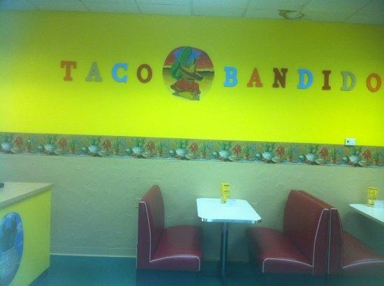 Taco Bandido: colorful