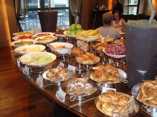Palacio Duhau - Park Hyatt Buenos Aires: Part of the breakfast buffet