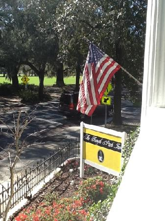 Forsyth Park Inn: View from the porch.