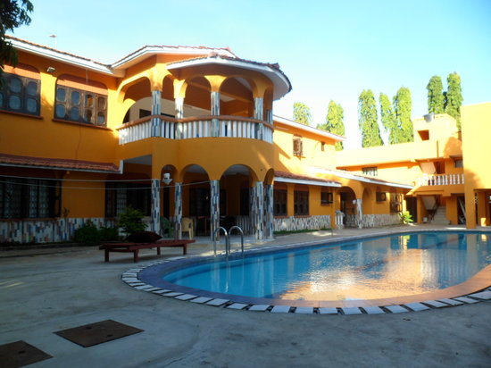 Leinmach House