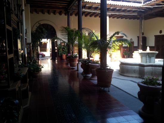 Hotel Mi Solar: 1era parte