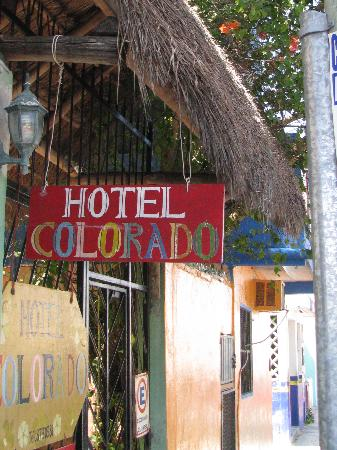 Hotel Colorado: entry