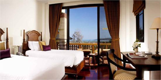 โรงแรมไรซิ่งซัน เรสซิเดนซ์: Villa Wanalee