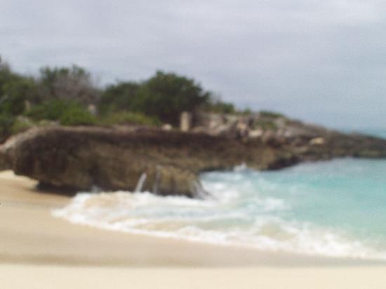 Sapphire Beach Club Resort: Take A Short Walk to Beautiful Mullet BayVa