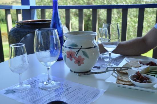 Ivanhoe Wines: Cheese & wine!
