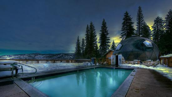 Sierra Hot Springs Resort & Retreat Center: The Temple Dome Warm Pool