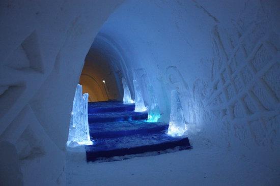 Luvattumaa - Levi Ice Gallery