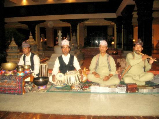 Hyatt Regency Kathmandu: Nepalese folk singers perfoming