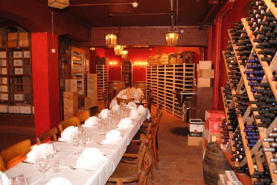 wine bar barrique z rich old town restaurant bewertungen telefonnummer fotos tripadvisor. Black Bedroom Furniture Sets. Home Design Ideas