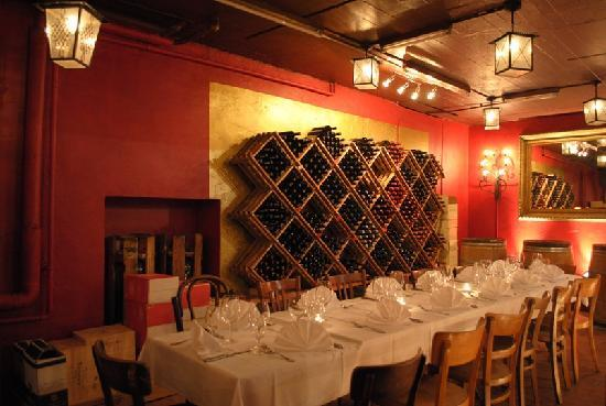 barrique cave photo de wine bar barrique zurich tripadvisor. Black Bedroom Furniture Sets. Home Design Ideas