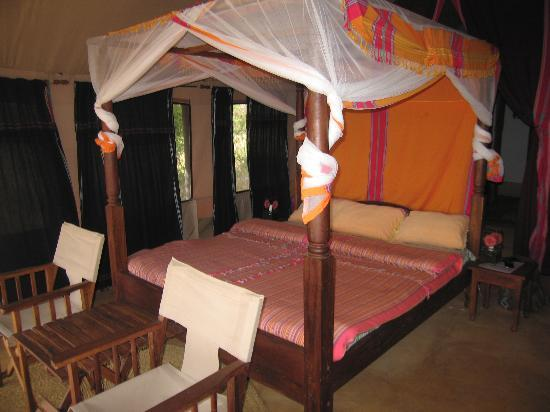 Oremiti Tented Lodge: chambre