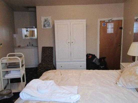 Ivy House: double room