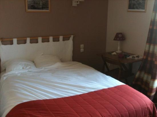 Hotel Les Charmettes: la chambre