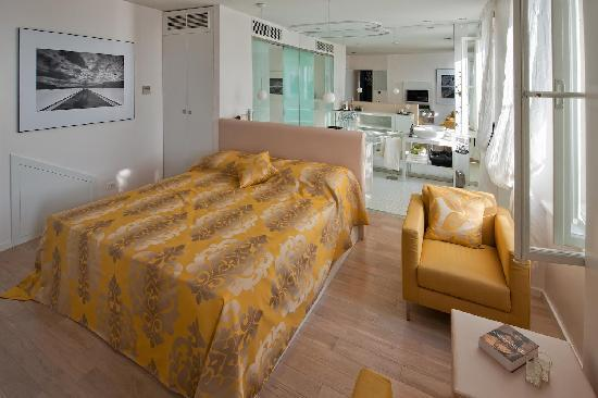 Riva Luxury Suites: Junior Suite