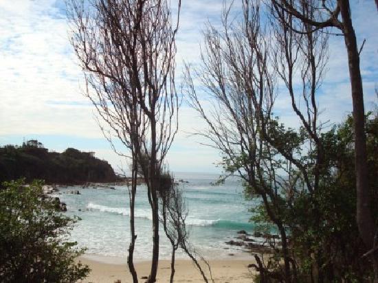 Noble Lodge: Pristine beaches surround you.