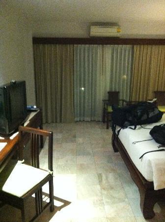 Sakorn Residence & Hotel: Balkon