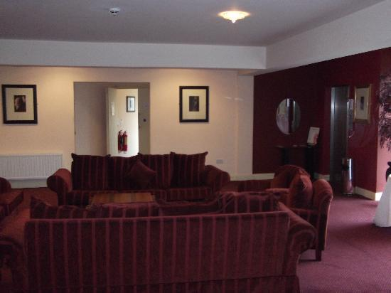Park Hotel Kiltimagh: Upstairs Lobby