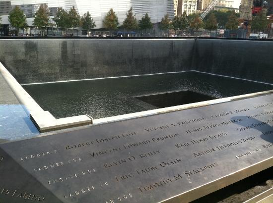 Reflecting pool at ground zero picture of the national 9 - Ground zero pools ...