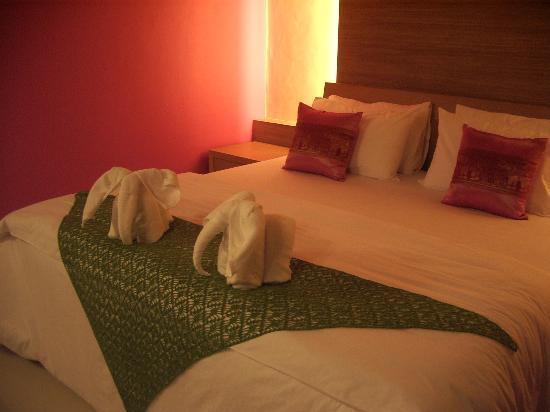 TT Naiyang Beach Phuket: The room