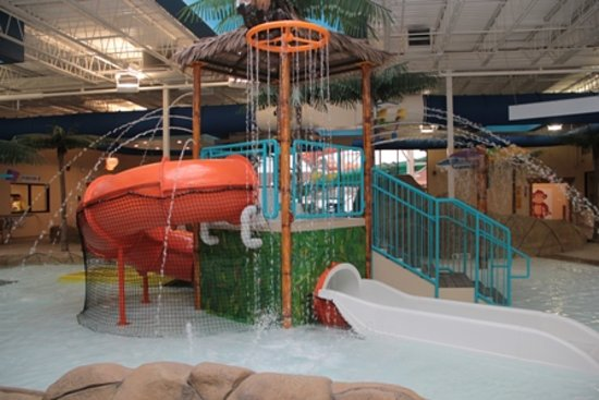 Palm Island Indoor Waterpark: Monsoon Lagoon Childrens Play Area