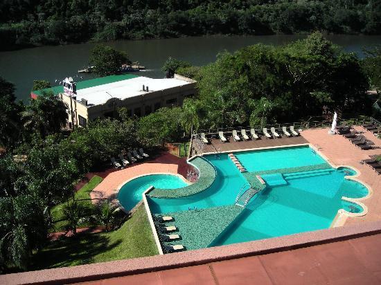 Amerian Portal del Iguazu: vista desde el spa a las pisicnas