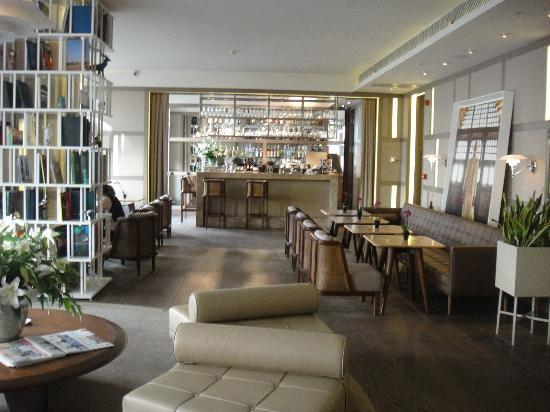 lobby picture of the house hotel nisantasi istanbul tripadvisor. Black Bedroom Furniture Sets. Home Design Ideas
