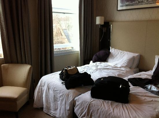Rydges Kensington London: twin room level 3
