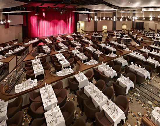 Edmonton, Canada: Newly Renovated Mayfield Dinner Theatre