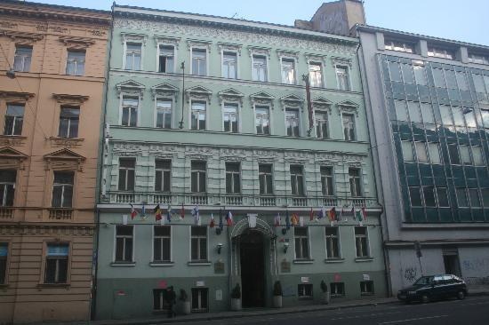 Hotel Raffaello: Front of Hotel