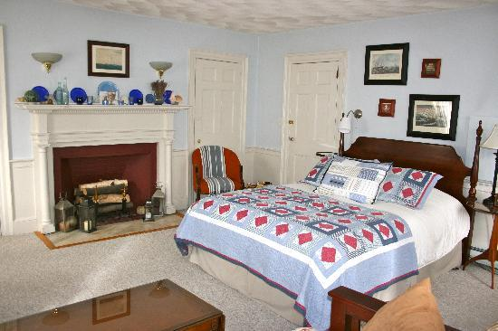 Northey Street House Bed and Breakfast: Captain's Quarters