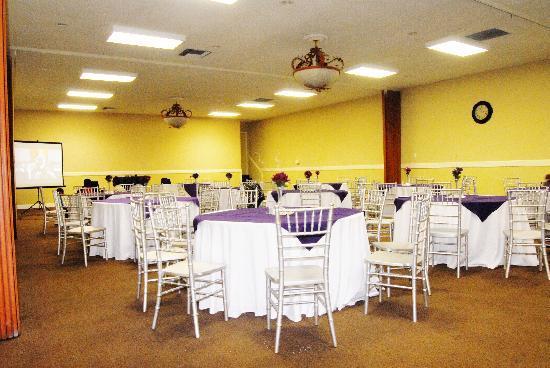 Country Hearth Inn & Suites Atlanta / Marietta and Banquet Hall : Corporate Seminar