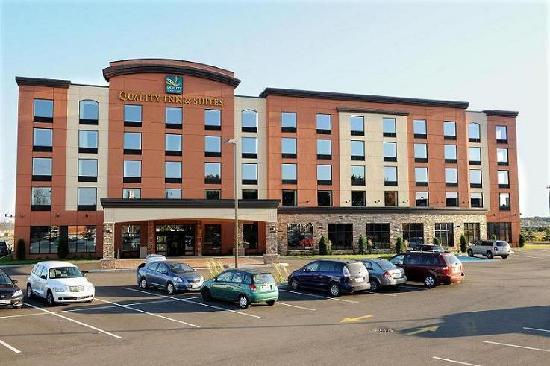Quality Inn & Suites Levis: A20 - Exit 325 N
