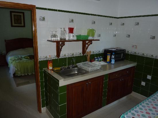 Islander Hotel: Küche 2
